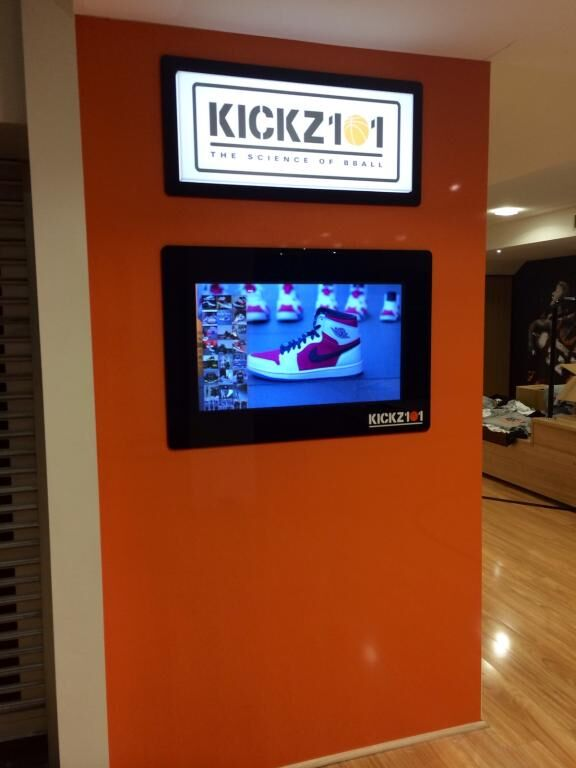 Touchtech Lima used in a Nike store