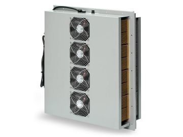 Large thermoelectric air conditioner